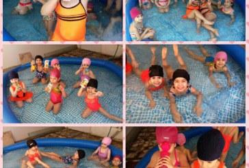 Pool Party دخترا