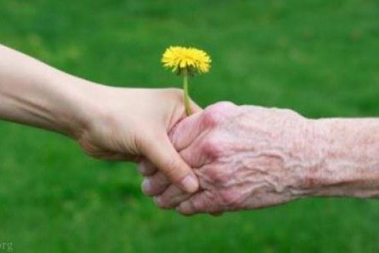 بازدید از مهر سالمندان رنگین کمان